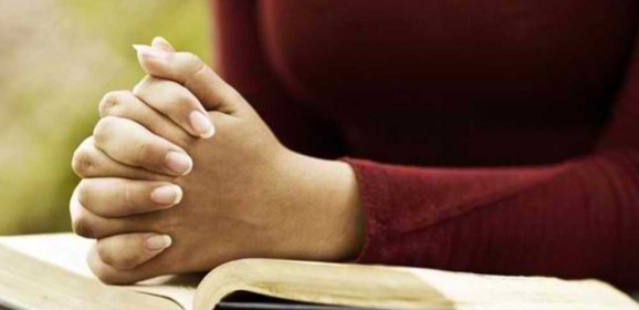 woman-praying-feature-image-578x280