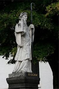 250px-Karden_Statue_Kastorbrunnen_2006-08-16