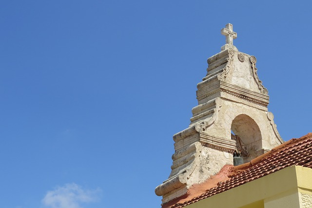 bell-tower-829039_640
