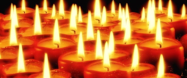 candles-936743_640