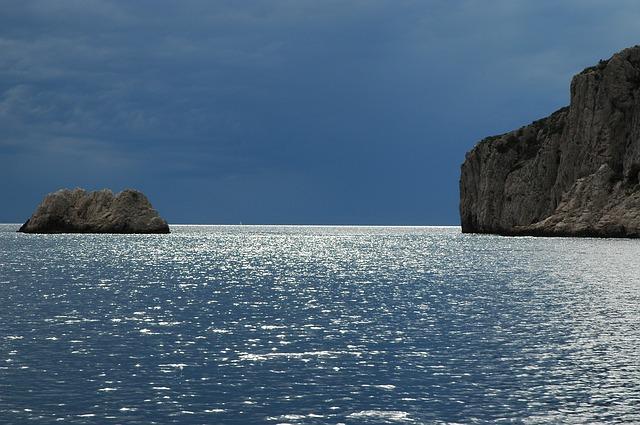 sea-434892_640