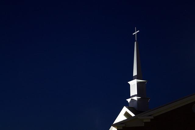 steeple-812885_640