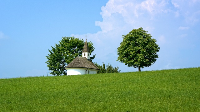 chapel-1548341_640