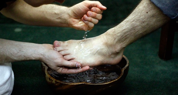 feet-washing