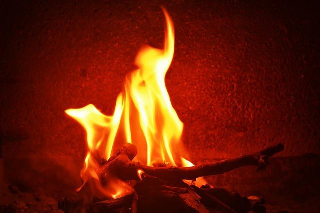 fire-436956_640