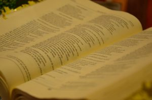 bible-1023919_960_720